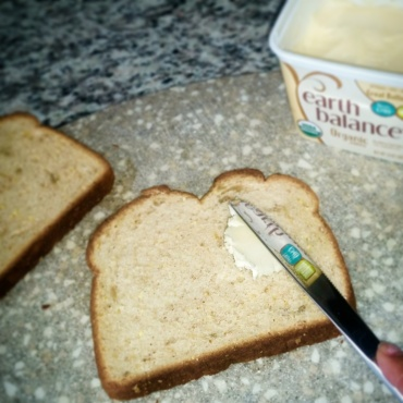 Spread butter on both sides