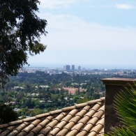 View going up to Jay Leno's House
